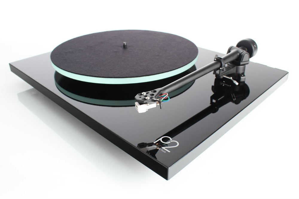 Rega P2 Turntable NEW