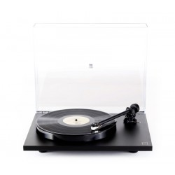 Rega P1 PLUS Soft black or soft white