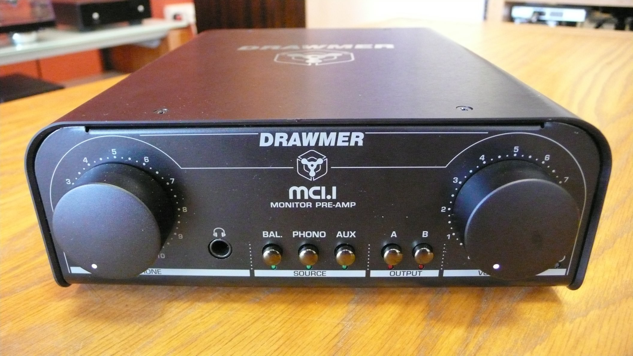 Drawmer MC1.1 Pre/amp phono-stage and headphone amplifier